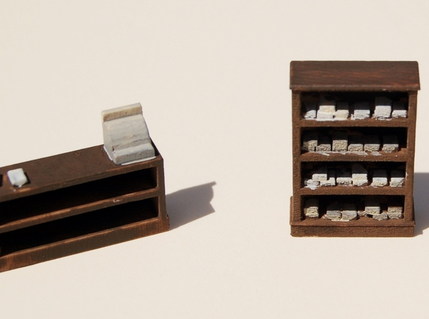 HO-Scale Papa Lou's Cigar Shop Interior 3d printed Painted Production Sample
