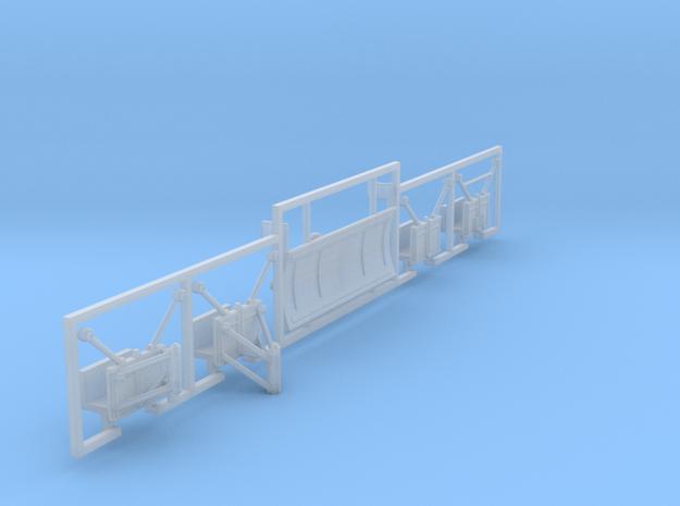 1:120 Schneepflug und 4x Halterungen für LKW IFA W in Smooth Fine Detail Plastic