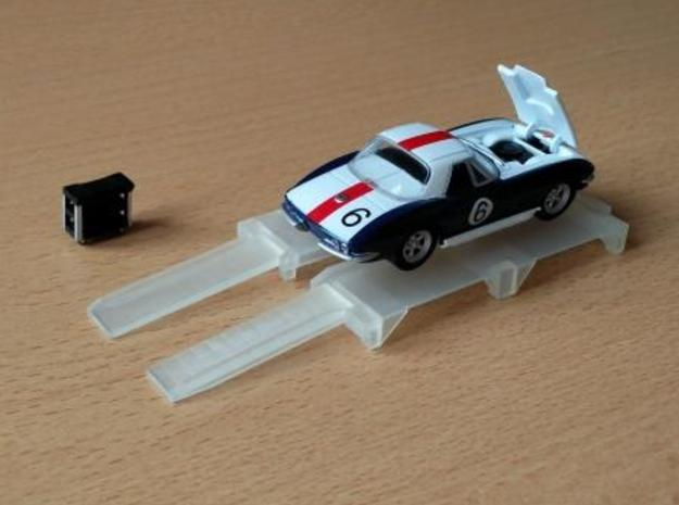 1/60 automotive maintenance lift in Smooth Fine Detail Plastic