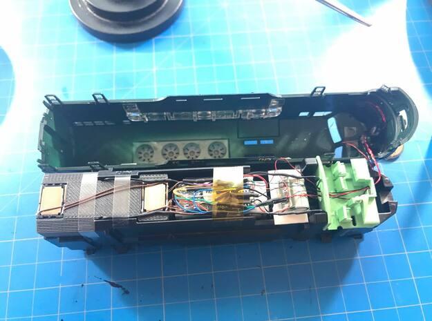 Athearn Genesis Old Frame F Unit Speaker Enclosure in White Natural Versatile Plastic