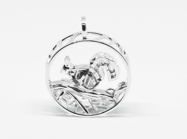 Pendant Squirrel in Polished Silver