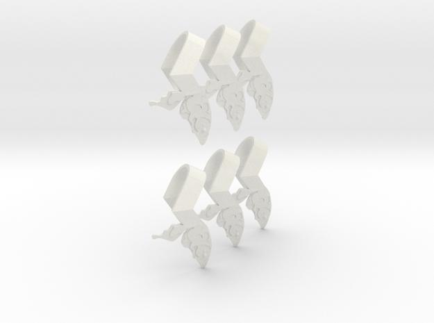 Sheryl heart trinket version 1 in White Natural Versatile Plastic