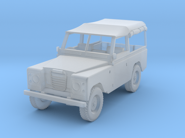 1:120 Landrover in Smooth Fine Detail Plastic