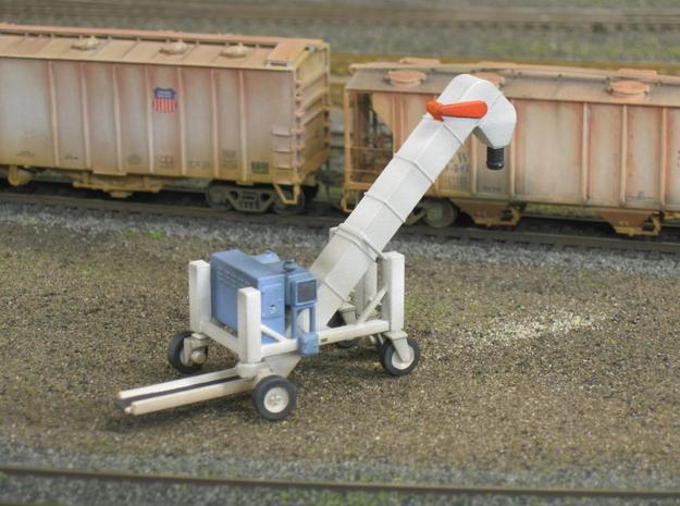 1/50 Conveyor Loader-Unloader (Transloader) 3d printed This is a photo of my HO model, which the 1/50 model is copied from.