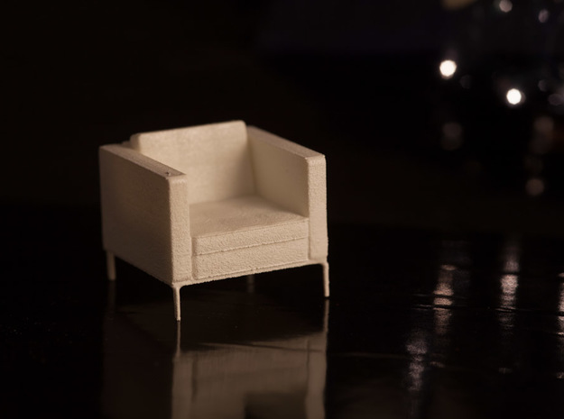 1:24 Knoll Armchair in White Strong & Flexible