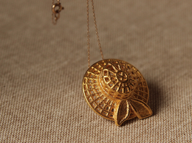 """Summer time"" gold steel pendant in 14k Gold Plated Brass"