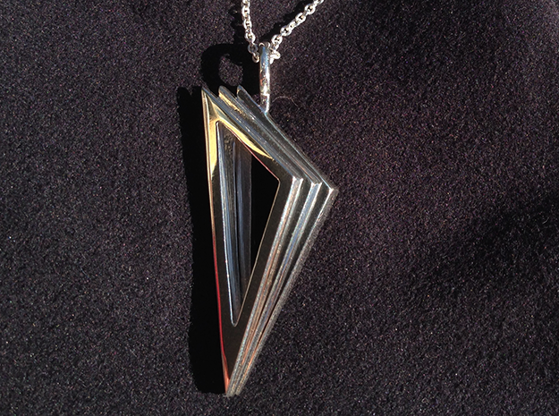 Layers Pendant in Fine Detail Polished Silver