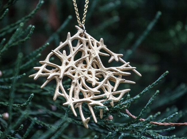 Abstract Mesh Pendant in Polished Gold Steel