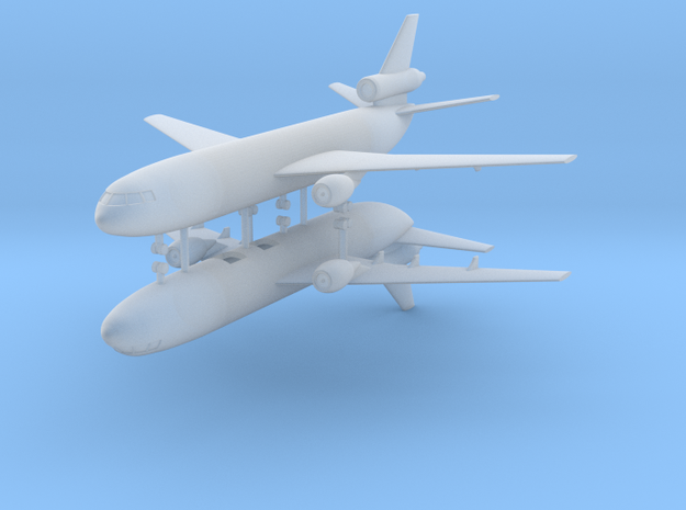 1/700 KC-10 Extender (x2) in Smooth Fine Detail Plastic