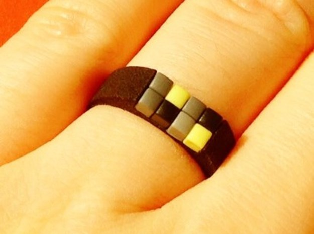 8-bit ring (US9/⌀18.9mm) in Black Strong & Flexible