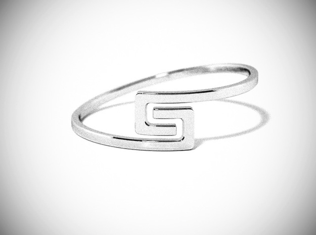 The S Ring Size 6 in Polished Silver