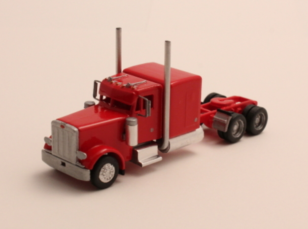"1:160 N Scale Peterbilt 379 with 63"" Sleeper"
