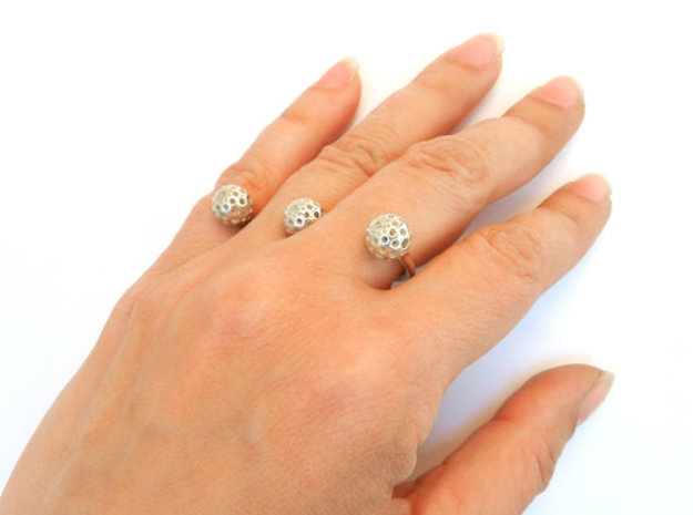 Three Seeds Ring 3d printed polished silver
