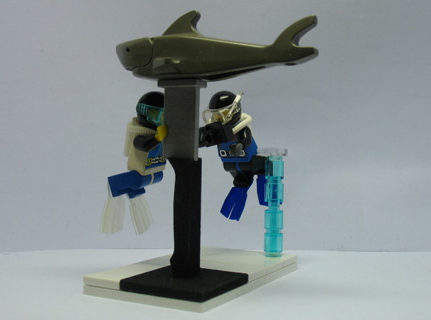 Minifig Shark Monument (knife blade) 3d printed Final Diorama