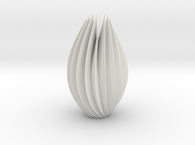 9 inch twist sculpture in White Strong & Flexible