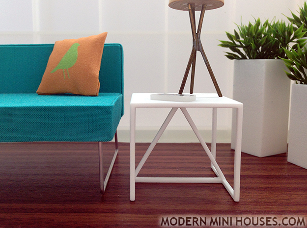 Strut End Table 1:12 scale in White Processed Versatile Plastic