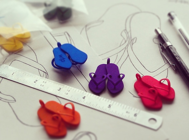 'Flip Flops' Strong and Flexible Plastic Pendant