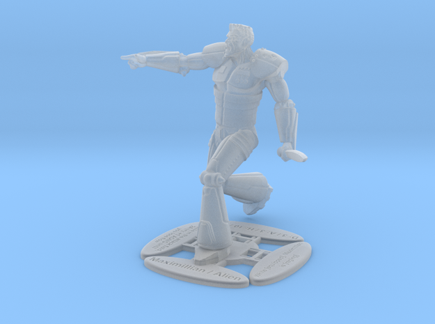 Maximillian in Smooth Fine Detail Plastic