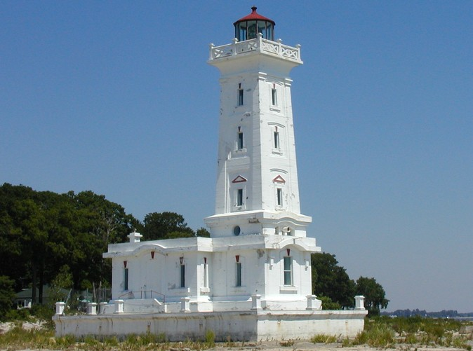 Point Abino Light house
