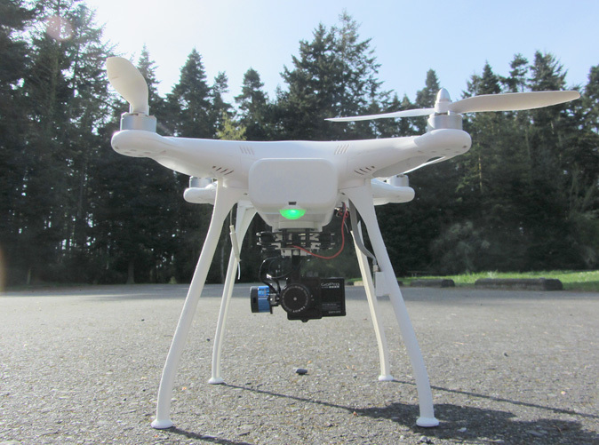 The UltraLight 20cm Landing Gear gives your Phantom 1, 1.5 or 2's gimbal clearance from the ground and grass - yet weighs the same as the stock landing gear (shown with the Phantom 1.5 24mm Battery Door sold separately.)