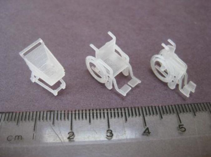 Shopping Trolley and Wheelchairs in OO gauge