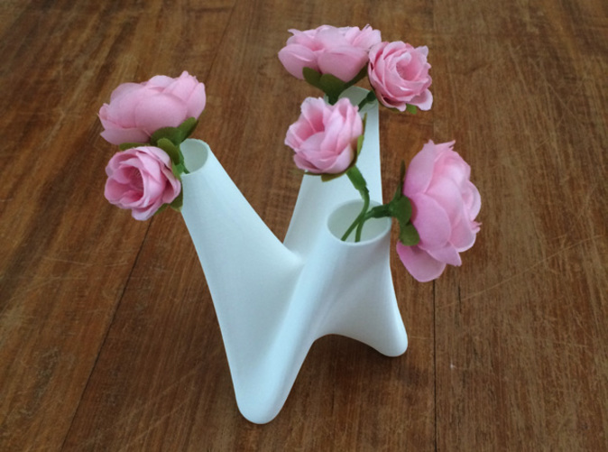 3in1vase with flowers