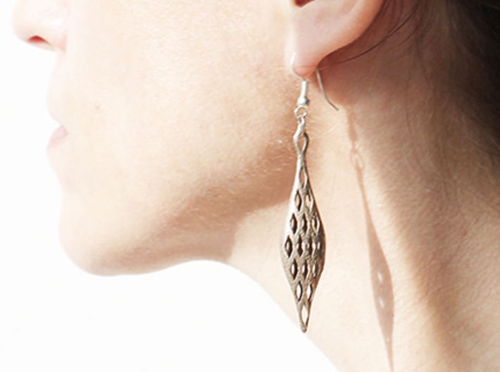 EYELET earrings , SINGLE (Scale1.15) 3d printed