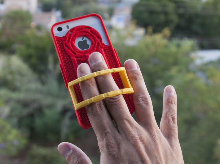Shutter Grip Case for iPhone 5 / 5S 3d printed