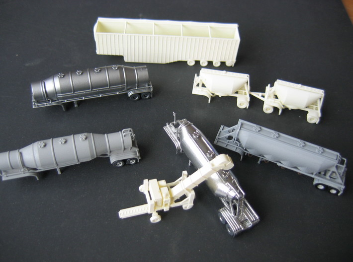 N scale 1/160 Conveyor Unloader (Transloader) 3d printed Here is the Transloader plus some of my Dry-Bulk and Wood-Chip trailers.