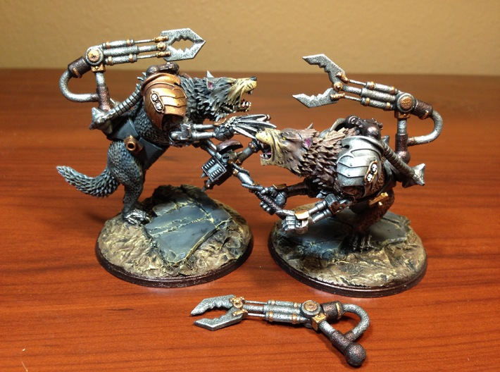 3 Mechanical Servo Claw Arms 3d printed Painted and mounted onto Games Workshop plastic models