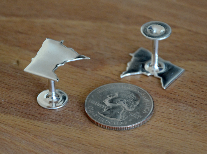 Cufflinks - Choose Any State (Wisconsin) 3d printed Different state but shows quality and scale. Premium Silver shown.