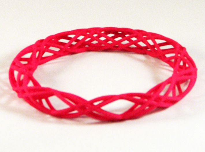 Twist Bangle C04L 3d printed
