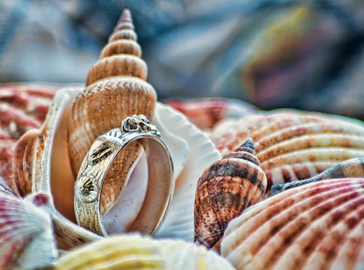 Sea Shell Ring 1 - US-Size 10 (19.84 mm) 3d printed Seashell Ring in polished silver (shown: size 10)