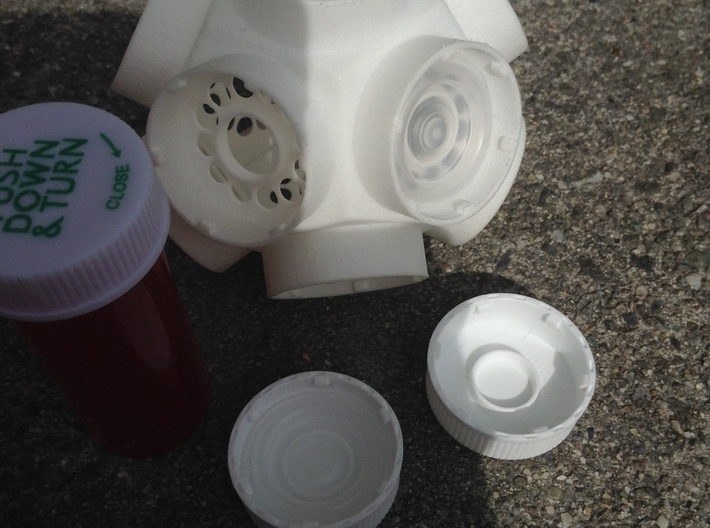 Pill Vial Dodecahedron Cap 6 Dram 3d printed Move cap liners over to new 12 sided cap