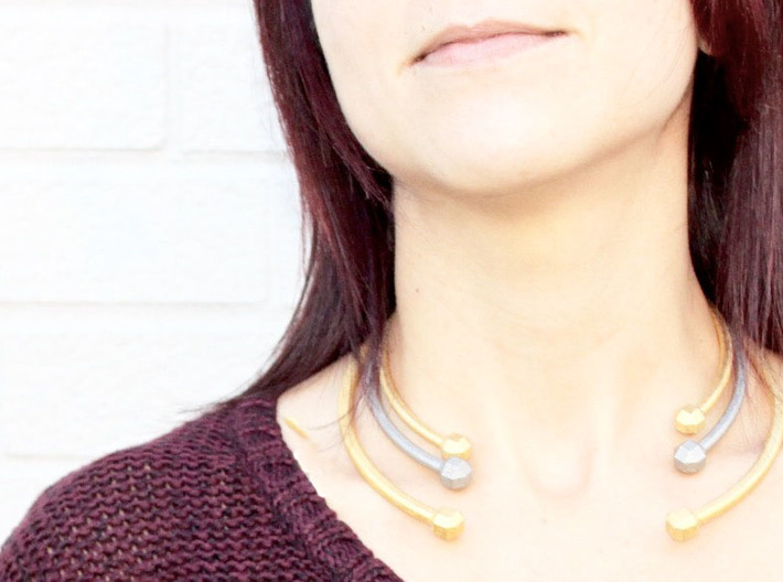 VIBES - Solid Choker Size S 3d printed Polished Gold Steel in Size S, Nickel Steel in Size M, Polished Gold Steel in Size L