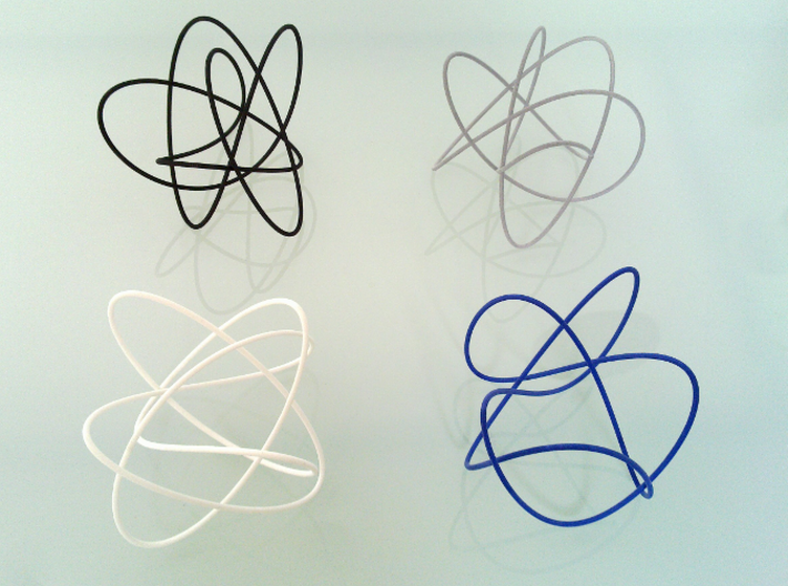 Lissajous (3, 5, 4) (π/2, π, π) 3d printed This Lissajous is the black one.