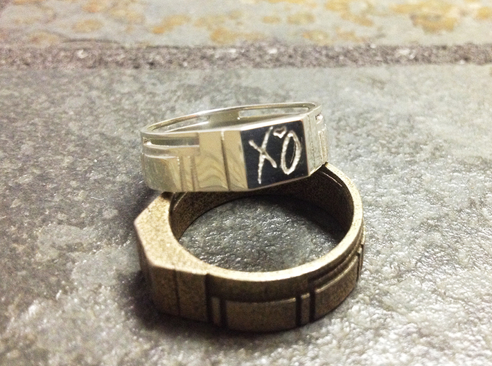 XO The Weeknd Ring 3d printed Polished Silver on Top, Polished Brass on Bottom