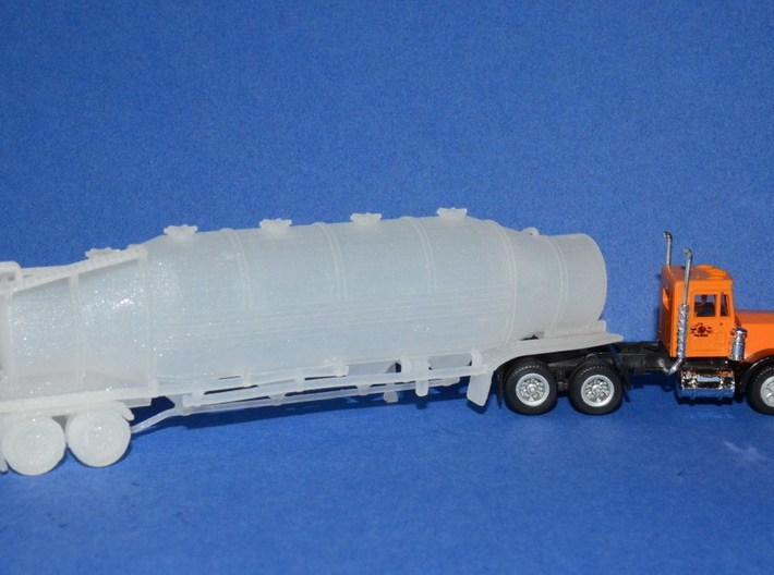 HO 1/87 Dry Bulk Trailer 10b - Heil 1625V Superflo 3d printed My very first dry bulk customers model. Bill Guegold was the inspiration to model these vehicles.