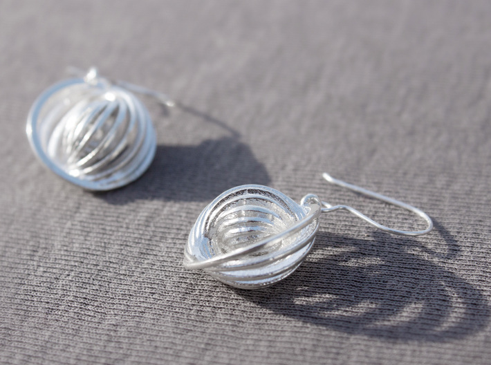 Concentric Earrings 3d printed