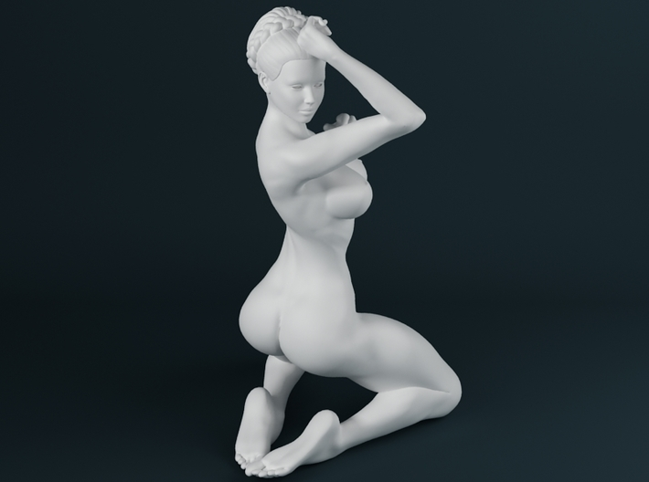1:24 Strong Woman 008 3d printed