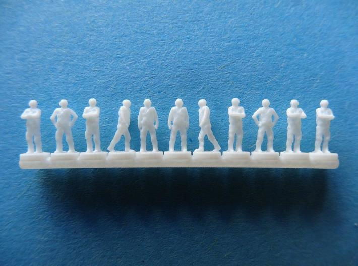 350-H0070: 25 Flight Deck Crew + 2 pilots 1:350 3d printed