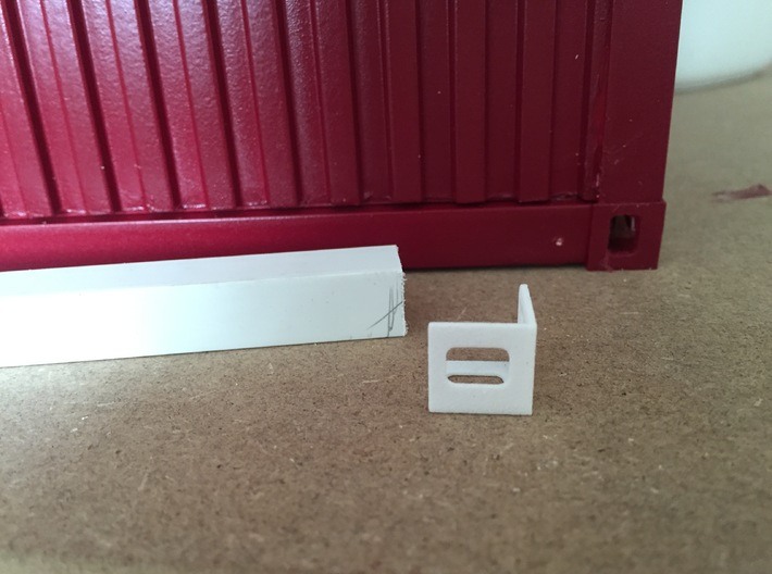 1:12 Shipping Container Edges 3d printed
