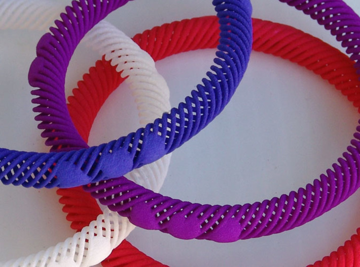 Bracelet Flexible 10 Hearts - 8mm 3d printed Close-Up Strong & Flexible