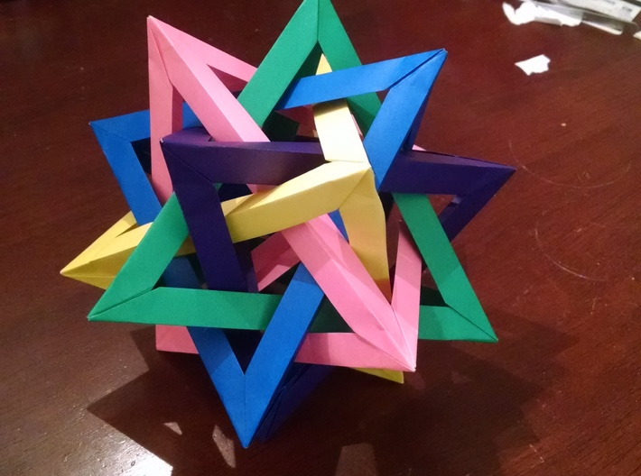 Five Intersecting Tetrahedrons Assembly 3d printed Original Origami Model