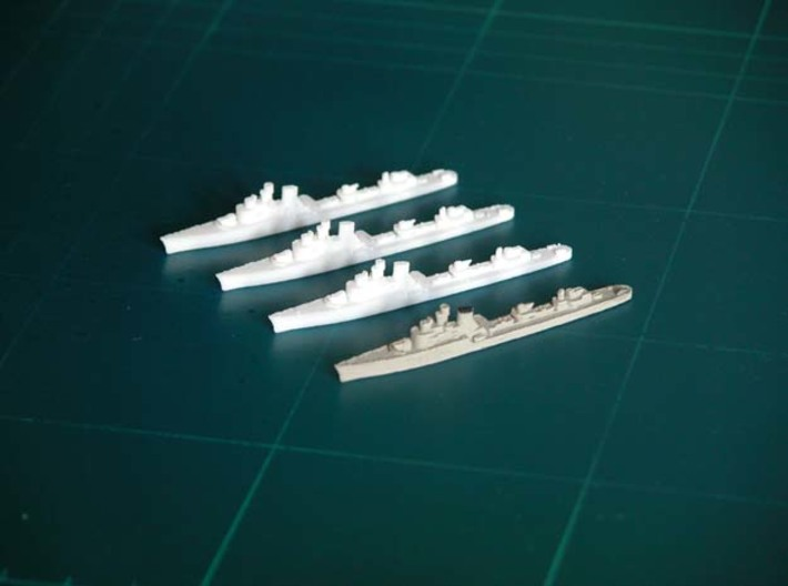 """Italian destroyer """"Soldati class"""" x 4 - 1:1800 sc 3d printed One painted (example)"""