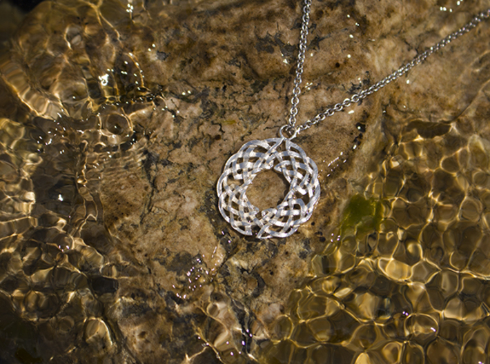 Celtic Knot Pendant 3d printed Raw Silver