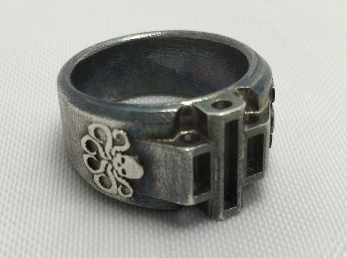 Hydra Size 10-10½ 3d printed Forced tarnished with Sulfur, wanted drastic patina, shipped ring lacked depth.
