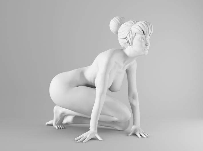 1/10 Sexy Girl Sitting 001 3d printed