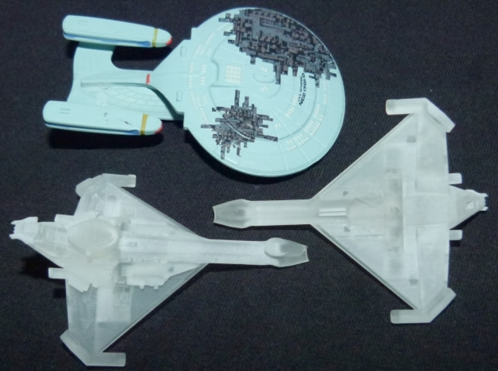 Promellian Battlecruiser 1/10000 Attack Wing 3d printed Printed in FUD, together with a Tactics Galaxy class.