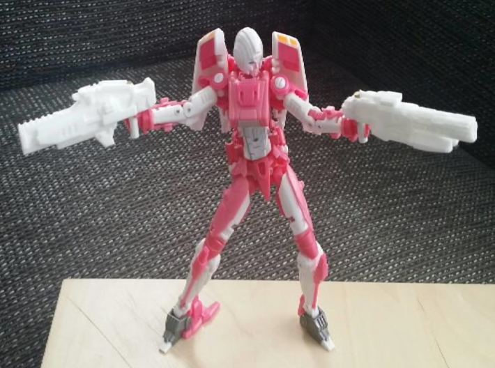 """""""ENFORCER"""" Transformers Weapon (5mm post) 3d printed Image by Remko. Weapon post modded to fit with MMC Azalea."""